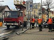 Řidič v Mariánkách srazil dva lidi. Jeden zemřel na místě