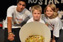 Do premiérového ročníku republikové soutěže pro děti z dětských domovů (DD) ´Rošťák roku´ se velkým písmem zapsaly Mariánské Lázně.