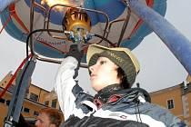 Zuzana Smrčková, rekordmanka v balonovém létání. Ve věku 19 let stanovila nový český časový i dálkový rekord
