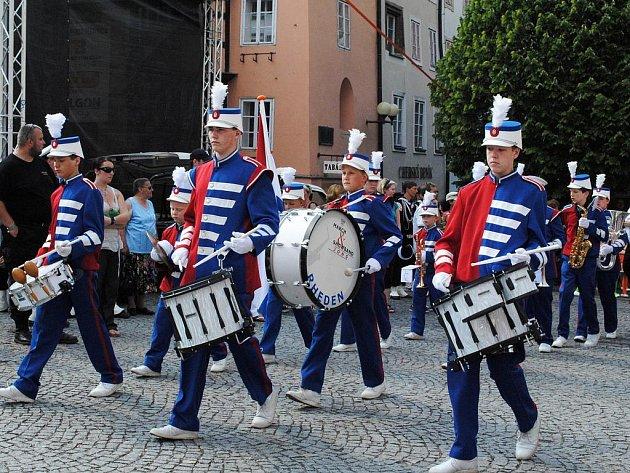 Festival FIJO představil v sobotu novinku, show bandy. Holandsko.