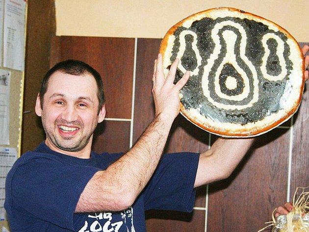 Celkově druhý Radek Malinovský měl od začátku políčeno na tento obří chodský koláč.