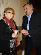 Na galavečeru se Věra Čáslavská setkala také s internacionálem Antonínem Panenkou.
