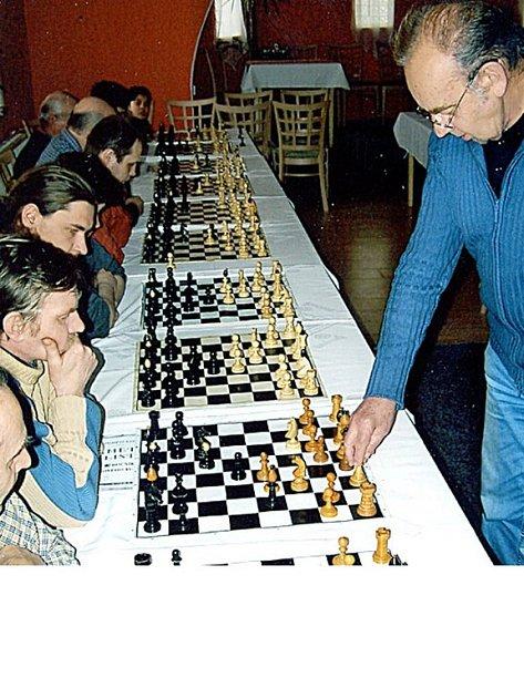 Simultánní šachová hra v Pomezí