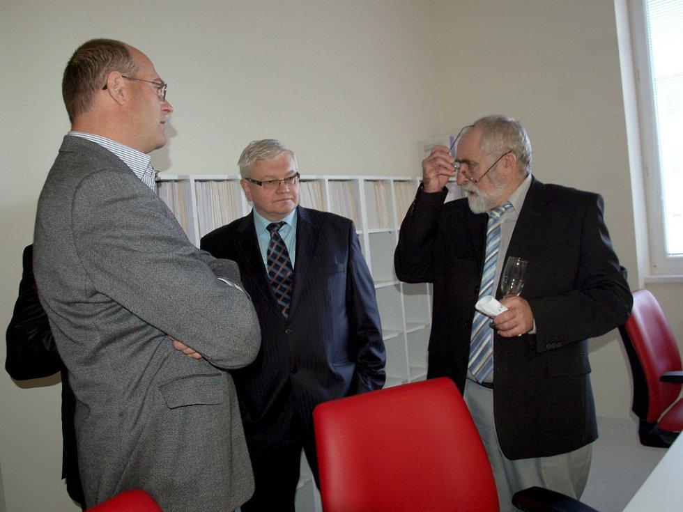 V chebské nemocnice byla otevřená nová výdejna léků a byl zprovozněný nový počítačový tomograf (CT).