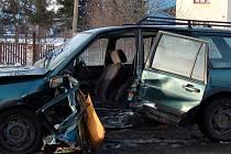 NEJČASTĚJI ŘIDIČI NA CHEBSKU havarovali ve čtvrtek. To platí i o nehodě (na snímku) u Františkových Lázní.