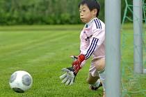 Mini EURO 2017 bylo rozlosováno. Diváci se mohou těšit 20. května ve Františkových Lázních na fotbalové elévy evropských velkoklubů, ale i naděje z dalekého Japonska či Austrálie.