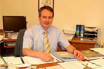 Radomil Gold na archivním snímku z doby, kdy působil jako starosta Skalné.