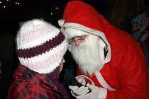 Vánoční atmosféru občané nasáli u hraniční kaple.