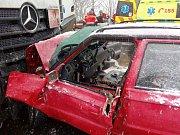 Vážná dopravní nehoda u obce Hazlov se stala v pátek odpoledne.