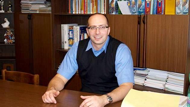 MIROSLAV LIŠKA je novým ředitelem chebské integrované střední školy.