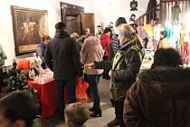 Stejně jako v minulých letech, i v tom letošním si Muzeum Cheb pro své hosty připravilo na sobotu před první adventní nedělí již dvacátý muzejní adventní trh.