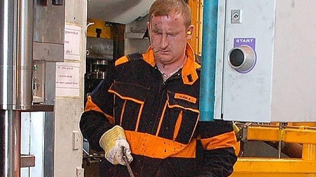 Na Chebsku stále přibývají možnosti, kde najít práci. Šance se naskýtají v chebském průmyslovém parku (na snímku) nebo v novém obchodním centru.