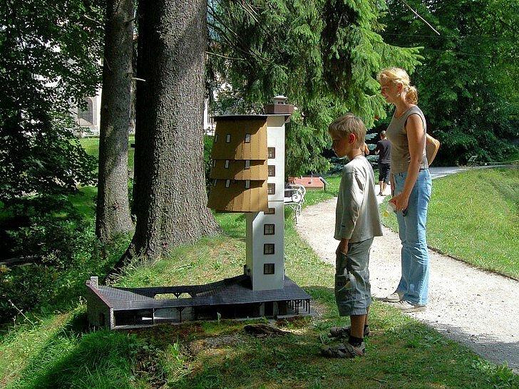 Miniaturpark Mariánské Lázně  - rozhledna na Poledníku