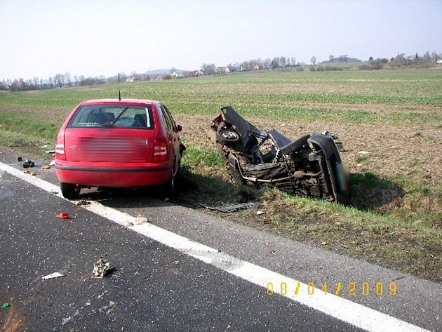 Dopravní nehoda u Františkových lázní si vyžádala jeden lidský život