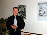 Slavnostní vernisáž výstavy fotografií Petra Bořila v mariánskolázeňské galerii Atrium