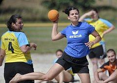 Na Koupališti Dřenice se odehrál turnaj v plážové házené žena a mužů