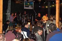 Skupina Buty se chebskému publiku představila v kempu Ronak