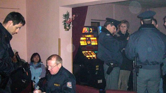 Policejní kontrola v ašských restauracích