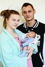 PATRIK RAJLICH bude mít v rodném listu datum narození úterý 15. března v 10.47 hodin. Na svět přišel s váhou 2 930 gramů a mírou 47 centimetrů. Z malého Patrička se těší doma v Chebu sestřička Charlotta spolu s maminkou Andreou a tatínkem Patrikem.