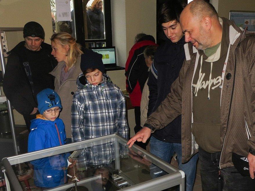 Seismologické muzeum ve Skalné.