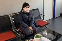 Onkologicky nemocná Soňa Nesvorná z Chebu získala ochranný respirátor a roušky.