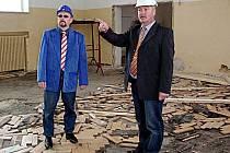 Na školáky z Františkových Lázní bude po prázdninách čekat zrekonstruovaná škola