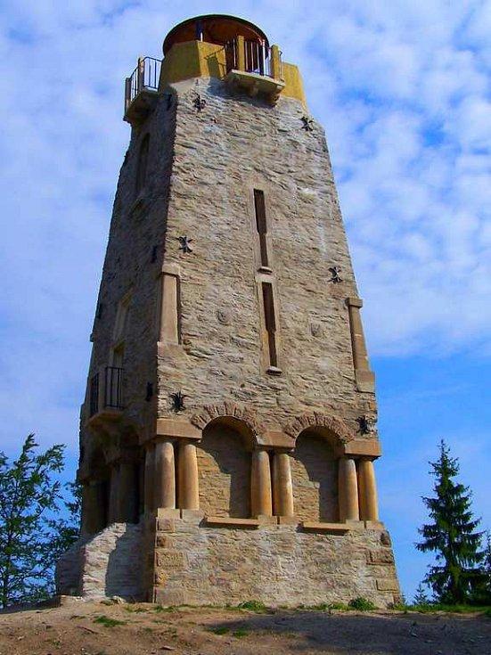 Bismarckova věž na Zelené Hoře u Chebu