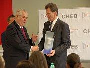 Prezident Miloš Zeman navštívil Fakultu ekonomickou v Chebu, která spadá pod Západočeskou univerzitu v Plzni.