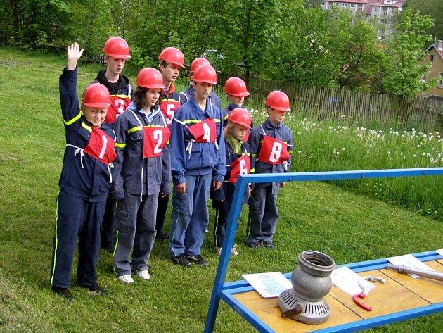 Mladí hasiči z Plesné