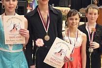 velký úspěch si na své konto přidali tanečníci mariánskolázeňského Dance clubu v Klatovech.