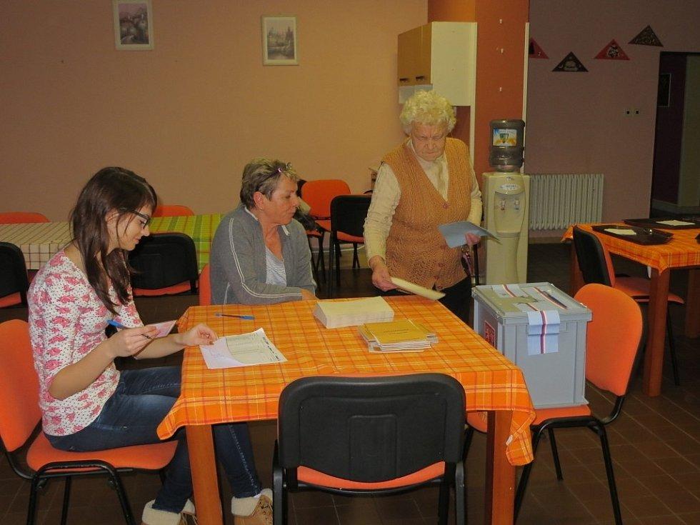 Volby se uskutečnily i v Domově pro seniory na sídlišti Skalka.