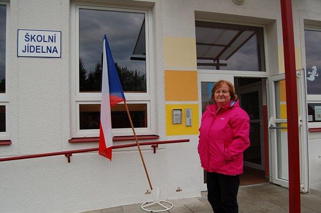 Ve třetím františkolázeňském okrsku volili první den senioři, mladí i celé rodiny.