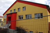 Přístavba k tělocvičně v ulici Gustava Geipela.
