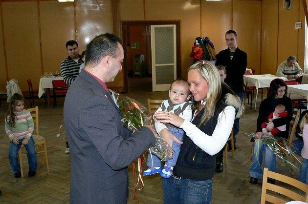 Slavnostní vítání občánků v Milhostově na Chebsku