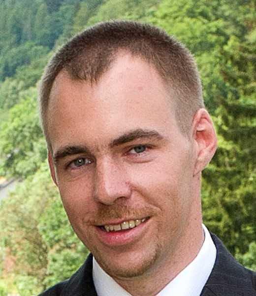 Jedničkou na kandidátce koalice Pirátů a STAN je současný poslanec Pirátů Petr Třešňák