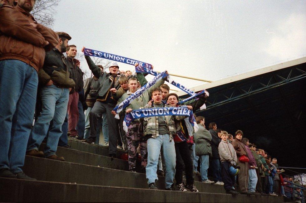 Chebští fanoušci často doprovázeli svoje fotbalisty i na venkovní utkání. Tak jako v sezoně 1995/1996 do Opavy po návratu do ligy.