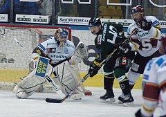 Pondělní utkání hokejové play off mezi Energií Karlovy Vary a Spartou Praha
