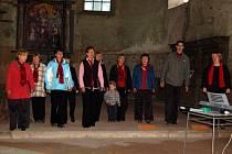 V kostele sv. Wolfganga v Ostrohu se uskutečnil koncert sboru Chorus Egrensis