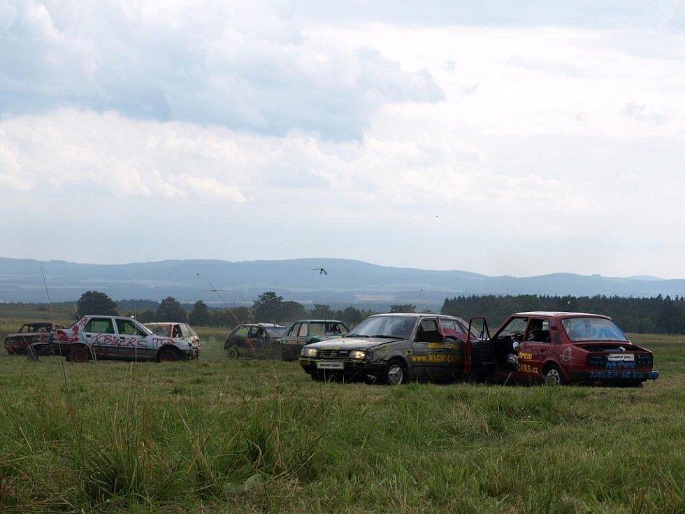 Auto - moto párty na letišti Kříženec Planá u Mariánských Lázní