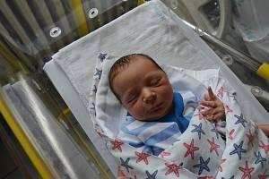 Melichar Dub z Chebu. Prvorozený syn Jany Bilecové a Miroslava Duba se narodil 26. 5. 2019 ve 13.28 hodin. Při narození vážil 3350 gramů.