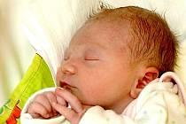 TEREZA ČERNÁ bude mít v rodném listě datum narození čtvrtek 24. března v 10.37 hodin. Při narození vážila 2500 gramů a měřila 47 centimetrů. Maminka Regina a tatínek Tomáš se těší z malé Terezky doma v Hazlově.
