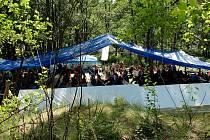 TRADIČNÍ PŘÁTELSKÉ SETKÁNÍ v Trojmezí přilákalo několik stovek hostů.