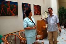 Slavnostní vernisáž výstavy reprodukcí obrazů Karla Gotta v mariánskolázeňské galerii Atrium