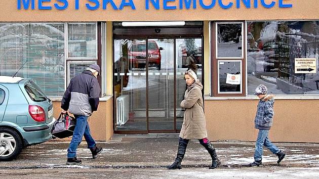LIDÉ z Mariánskolázeňska se zřejmě dočkají pohotovosti, která bude k dispozici až do 21 hodin. Využívat ji budou i Tachovští.