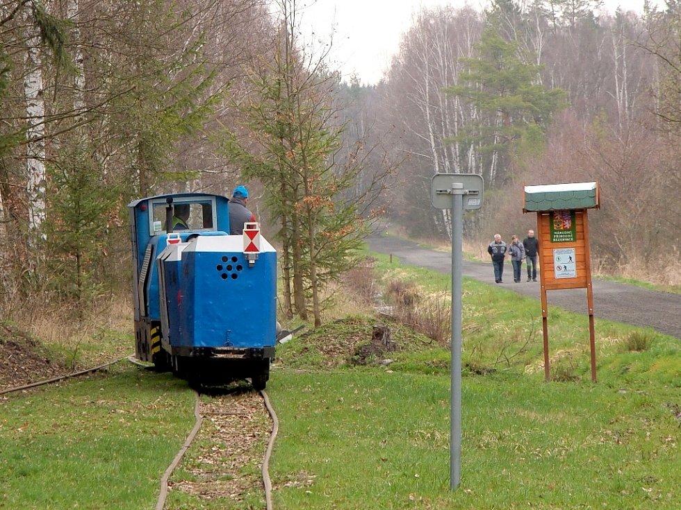 Muzejní úzkorozchodná dráha Kateřina se o víkendu opět dala do pohybu.