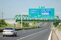 Silnice R6 v Chebu.