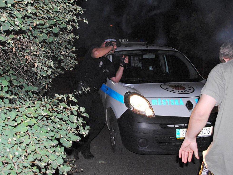 Noční hlídka s chebskými strážníky.