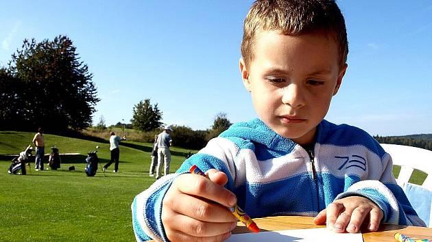 V LUBECH SE KONAL 3. ročník charitativního golfového turnaje. Na své si ale přišly také děti.