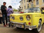 Chebský VCC Veteran Car Club Cheb a město Františkovy Lázně uspořádaly jubilejní, XX. ročník Mezinárodní soutěže elegance historických vozidel.