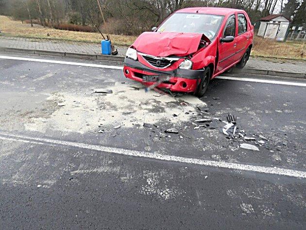 Řidička nezvládla zatáčku